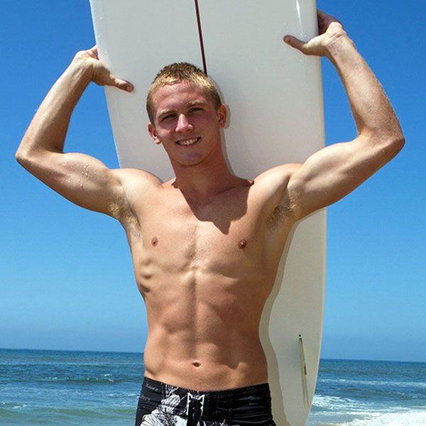 Ripped surfer boy Noel jerks off | Daily Dudes @ Dude Dump