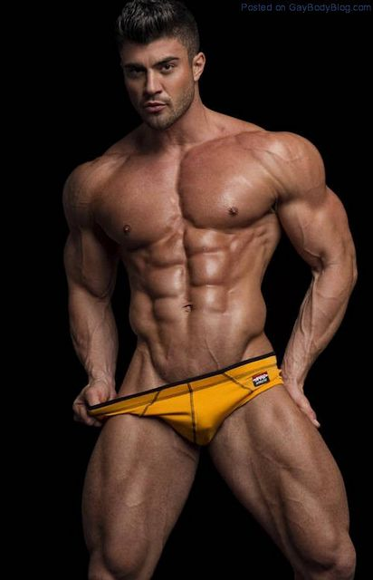 Rogan O'Connor And His Immensely Muscled Body | Daily Dudes @ Dude Dump