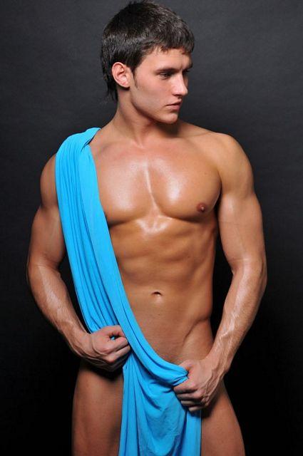 Russian Beauty Anatoli | Gay Body Blog | Daily Dudes @ Dude Dump