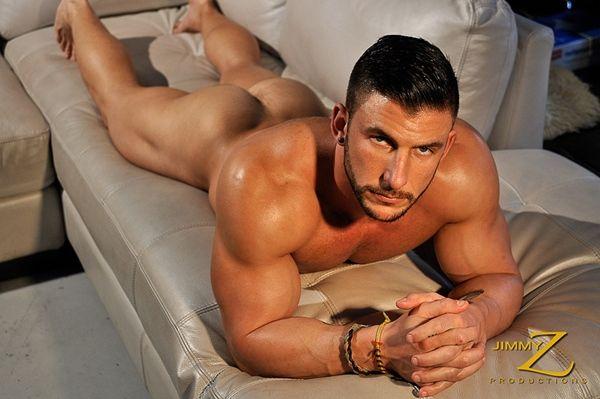 Ryan Monroe's sexy physique | Daily Dudes @ Dude Dump