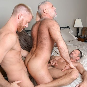 Sexy Real-Life Lovers Threesome | Daily Dudes @ Dude Dump