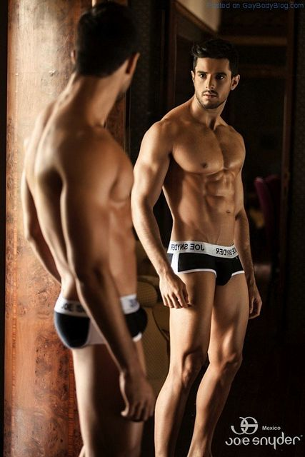 Smooth Muscled Model Felipe Herrera Jiménez | Daily Dudes @ Dude Dump