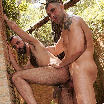 Spanish Men Fucking Outdoors | Daily Dudes @ Dude Dump