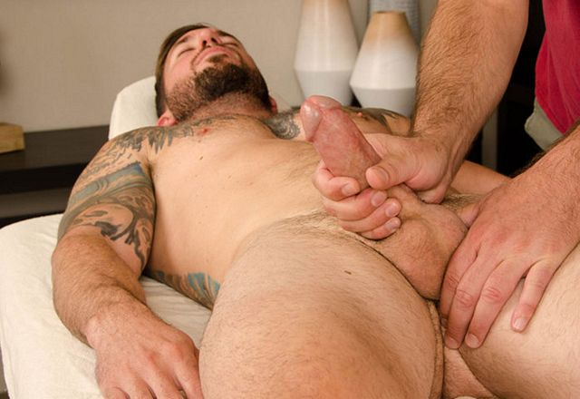 Straight guy getting his first massage | Daily Dudes @ Dude Dump