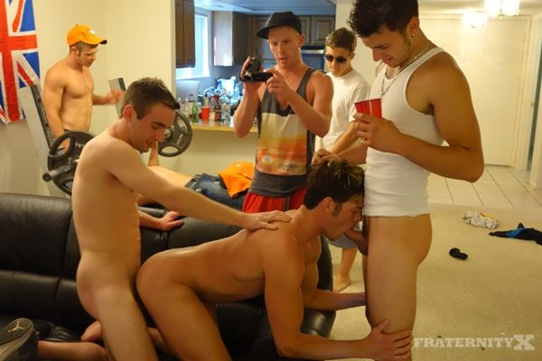 Two Hot College Dudes Gangbang Barebacked | Daily Dudes @ Dude Dump