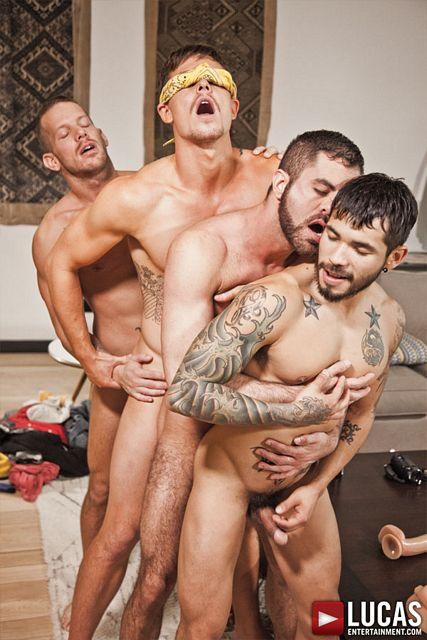 Wild Bareback Sex Party | Daily Dudes @ Dude Dump